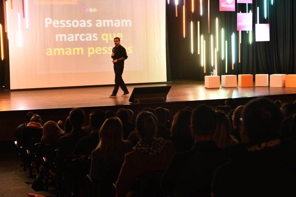 Palestrante - Eduardo Zilles Borba